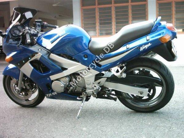 Kawasaki ZZ-R 500 1991 15261