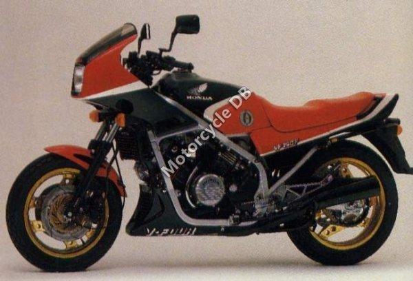 Honda VF 750 F 1984 9155