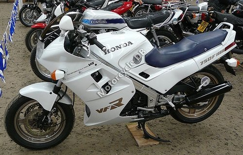 Honda VFR 750 F (reduced effect) 1986 18159