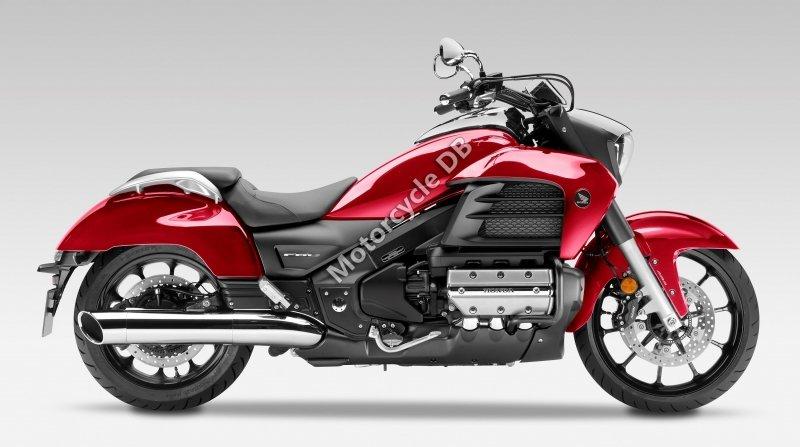 Honda Gold Wing Valkyrie 2015 30800
