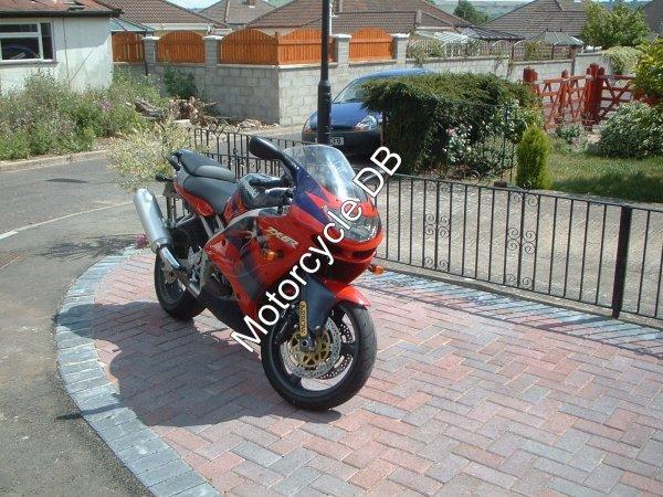 Kawasaki ZX-6R 1998 117