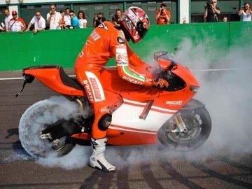 Ducati Desmosedici RR 2007 62