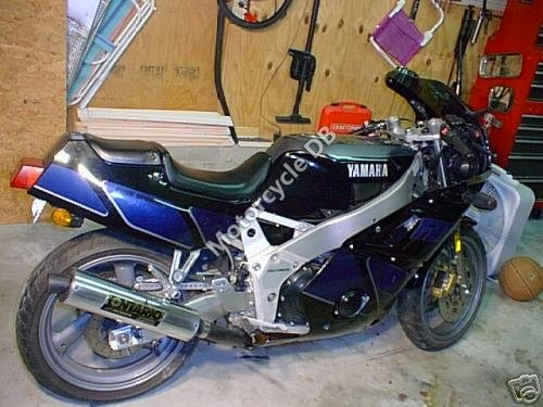 Yamaha FZR 400 1989 7753
