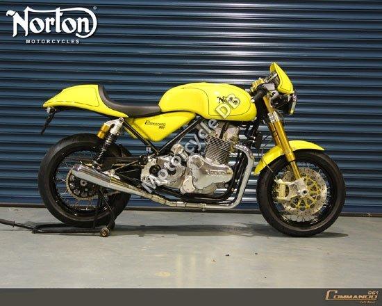 Norton Commando 961 Cafe Racer 2010 4352