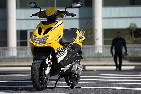 Yamaha Aerox Race Replica 2006 10354