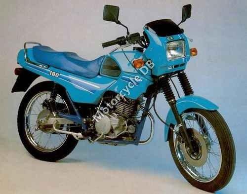 CZ 180 Roland 1997 14187