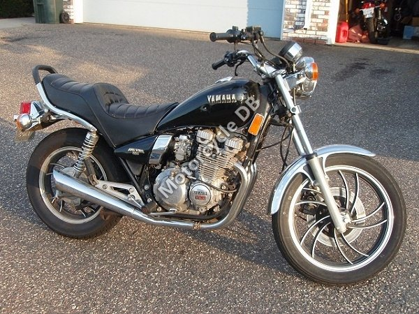 Yamaha XJ 550 1981 8608