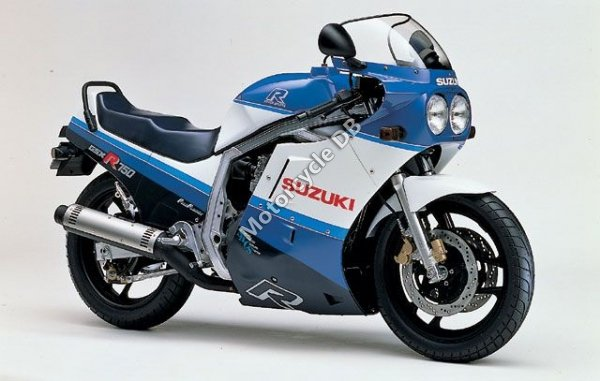 Suzuki GSX-R 750 1987 8200
