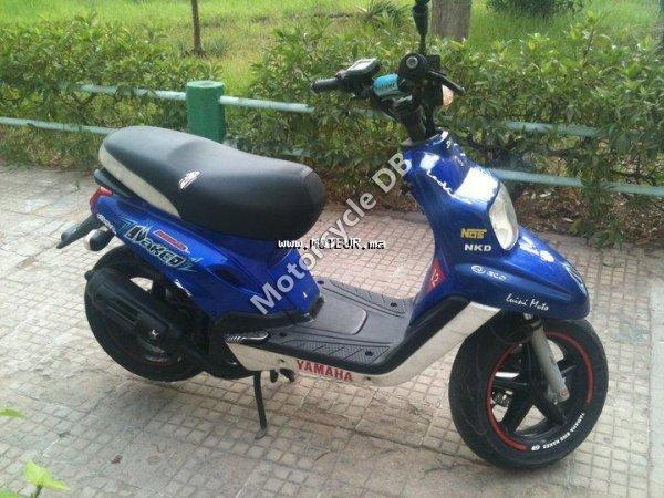 Yamaha BWs Naked 2010 17546