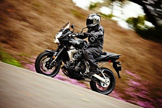 Kawasaki Versys 2010 4265