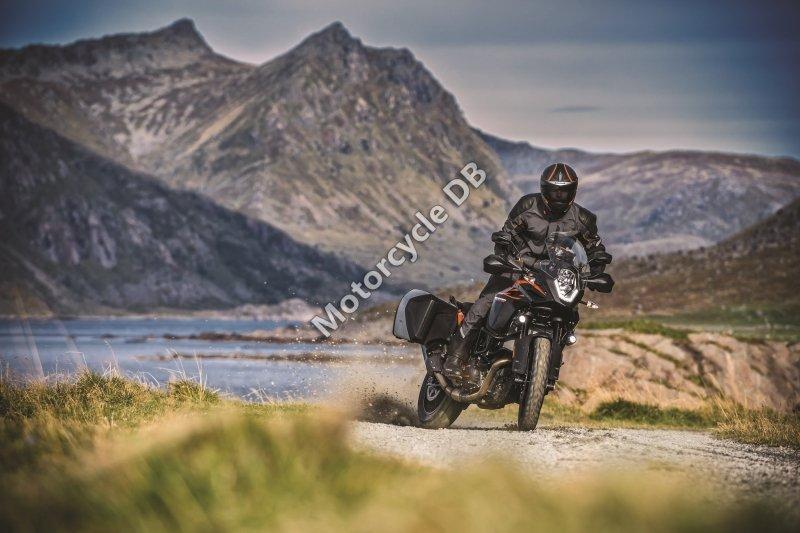 KTM 1090 Adventure 2017 28709