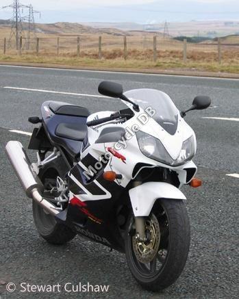 Honda CBR 600 FS 2003 14104