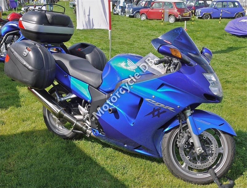 Honda CBR 1100 XX Super Blackbird 2006 7742 Thumb