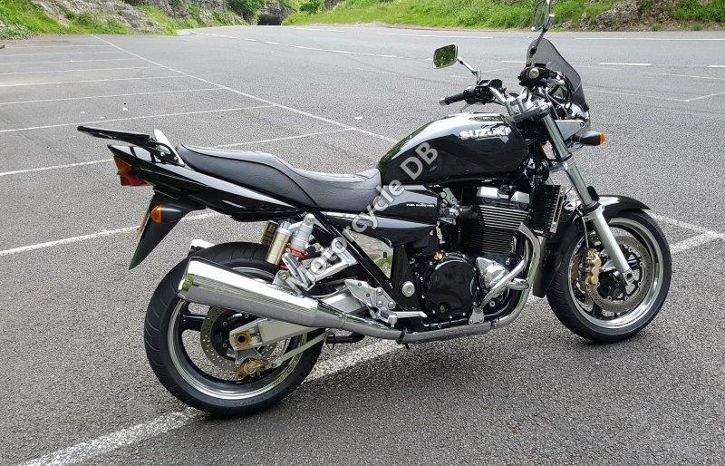 Suzuki GSX 1400 2008 28177
