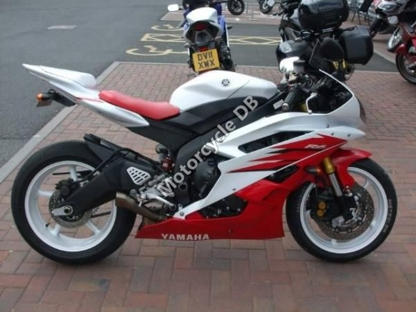 yamaha yzf r6 r46 2008 specifications pictures reviews rh motorcycledb com 2008 yamaha r6 torque specs 2008 yamaha yzf r6 specs