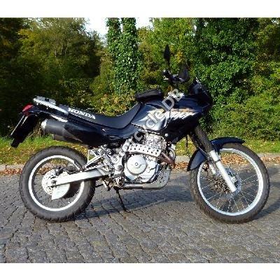 Honda NX 650 Dominator 2000 8234