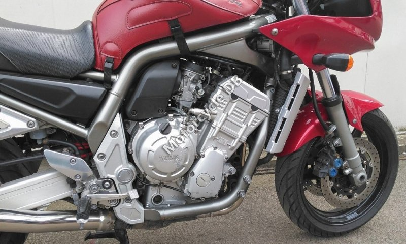 Yamaha FZ1 2005 26770