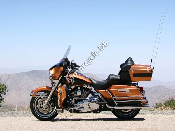 Harley-Davidson Electra Glide Ultra Classic (reduced effect) 1990 7129 Thumb