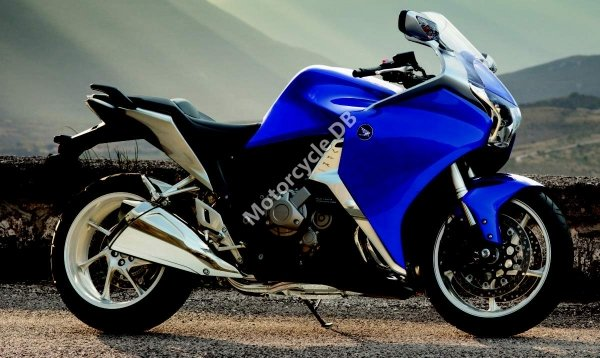 Honda VFR1200F 2012 22690