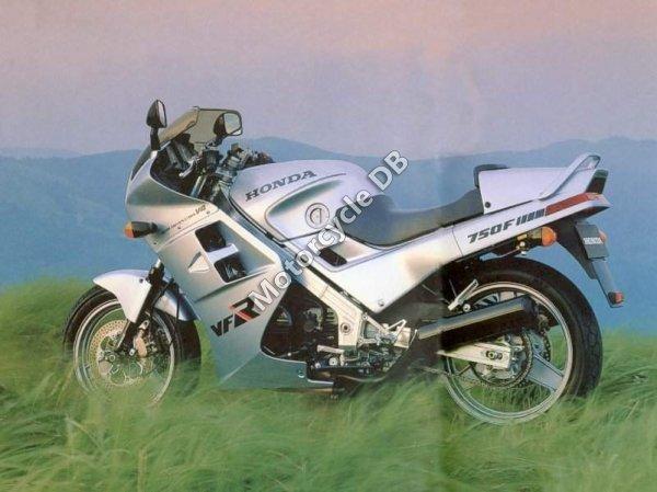 Honda VFR 750 F 1987 9627