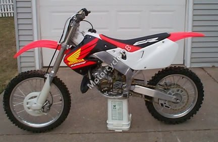 Honda CR 125 R 2002 7648 Thumb