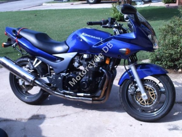 Kawasaki ZR-7 2002 9073