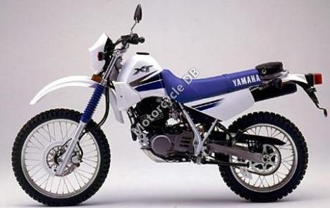 Yamaha RD 350 (reduced effect) 1986 12763