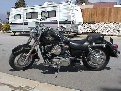 Kawasaki VN 800 Vulcan 2000 10128