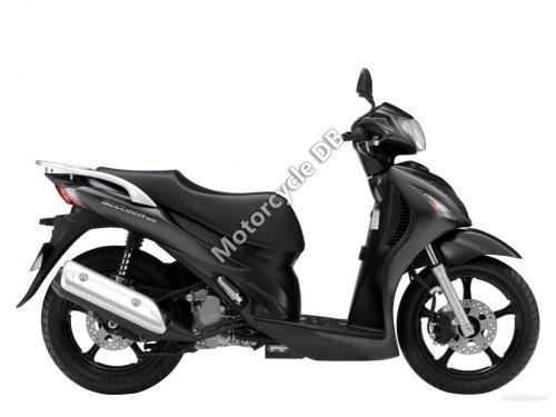 Suzuki Sixteen 2011 11396