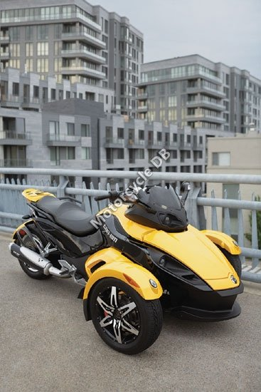Can-Am Spyder Roadster SM5 2009 3444
