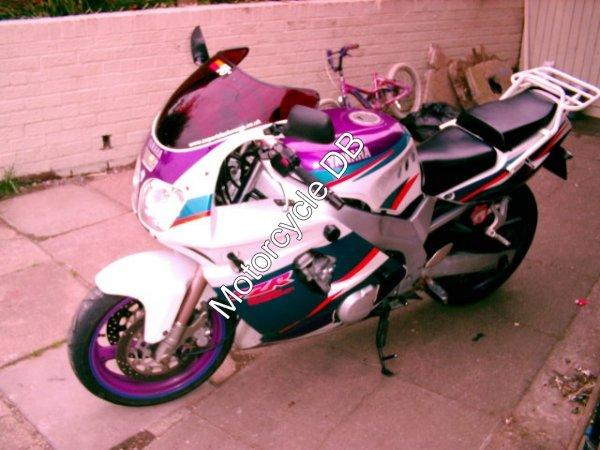 Yamaha FZR 600 R 1995 94