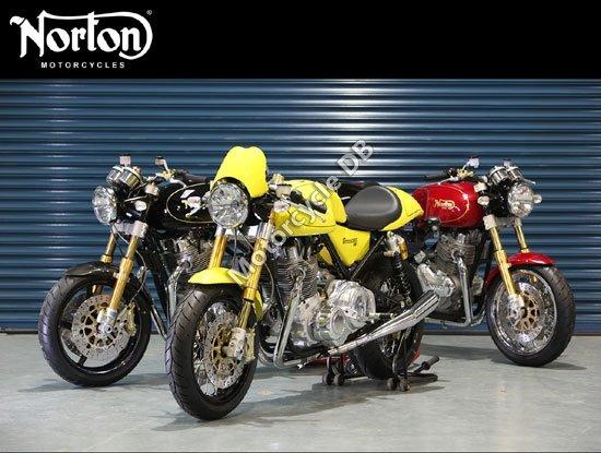 Norton Commando 961 Cafe Racer 2010 4354