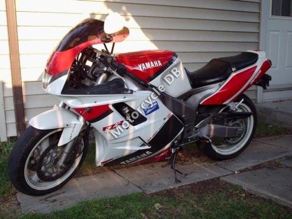 Yamaha FZR 1000 1992 10571