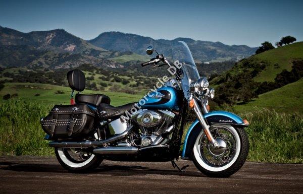 Harley-Davidson FLSTC Heritage Softail Classic 2010 10646