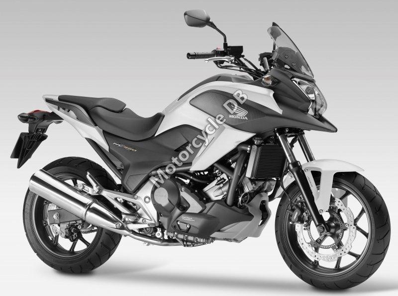 Honda NC750X 2017 30280