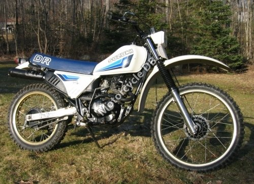 Suzuki DR 125 S 1983 7941
