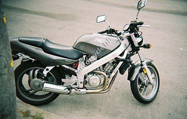 Honda NT 650 Hawk GT 1988 6890