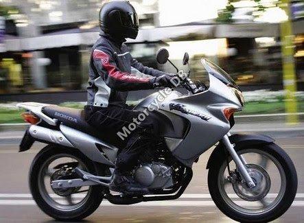 Honda XL125V Varadero 2008 15768