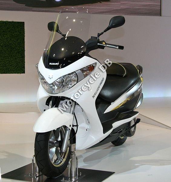 Suzuki Burgman Fuel Cell 2010 19288
