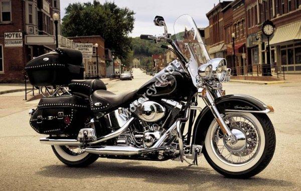 Harley-Davidson FLSTC Heritage Softail Classic 2006 10131