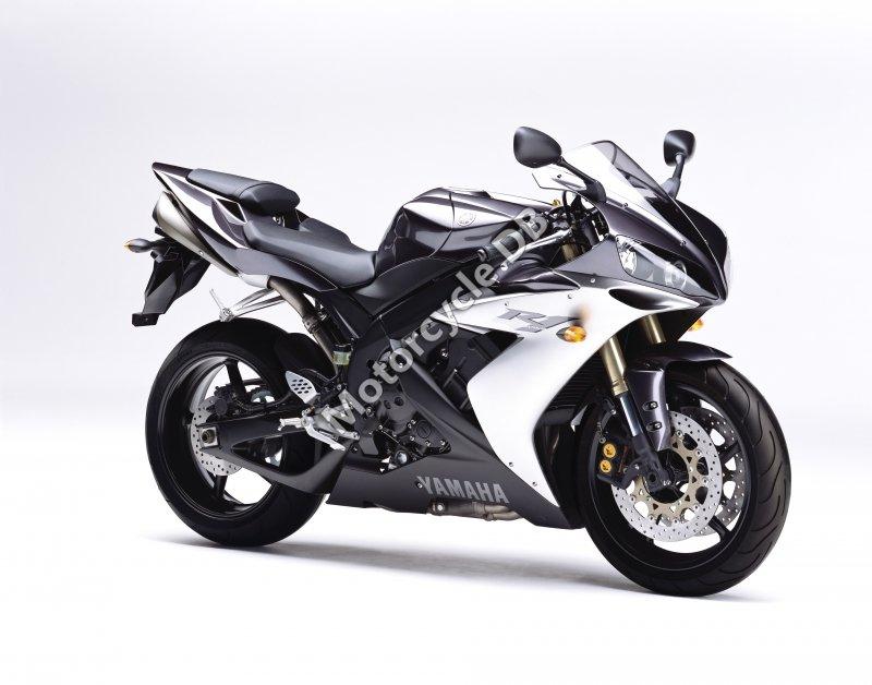 Yamaha YZF-R1 2004 25722