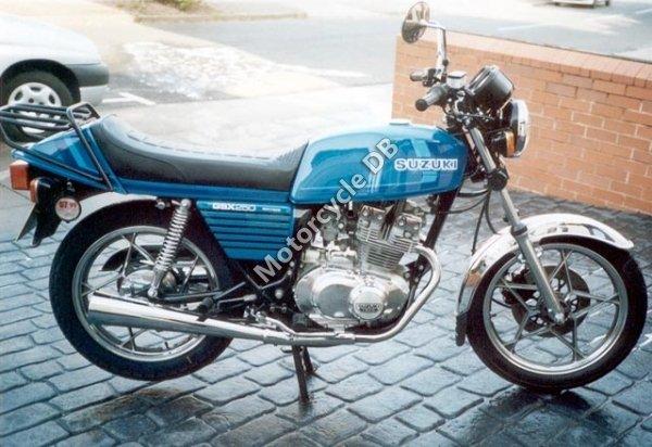 Suzuki GSX 250 E 1981 11026