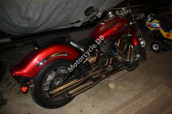 Yamaha V Star 1100 Custom 2006 13945 Thumb