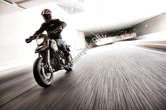 Ducati Hypermotard 796 2011 4760