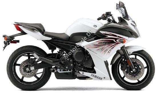 Yamaha FZ6R 2010 4495