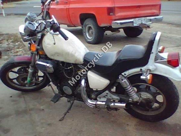 Kawasaki VN750-A9 Vulcan 750 1993 7560