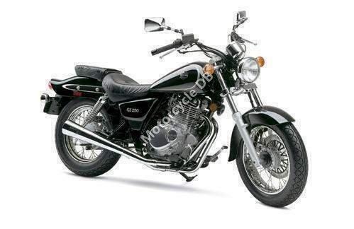 Suzuki GZ 250 Marauder 1999 4056
