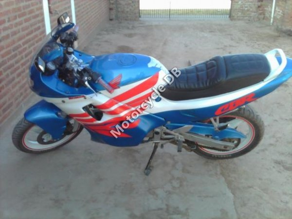 Honda CBR 450 SR 1994 7641