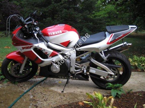 Yamaha YZF-R6 1999 7324