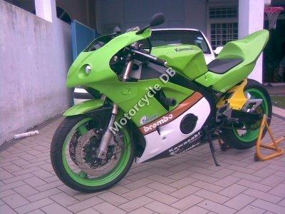 Kawasaki ZXR 400 1999 6629